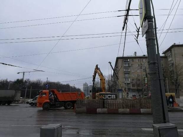 Автомобилистов Москвы призвали к бдительности из-за дождей и сильного ветра