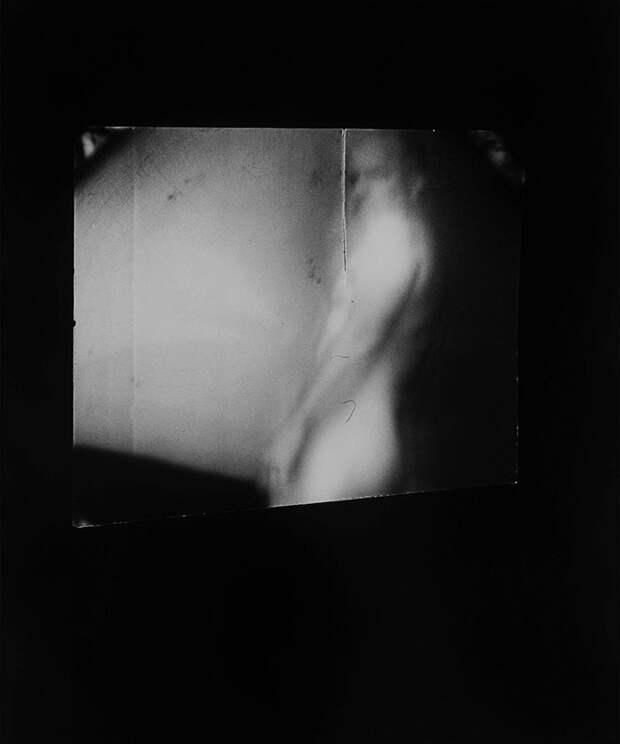 Американская художница поместила камеру во влагалище и фотографирует своих мужчин
