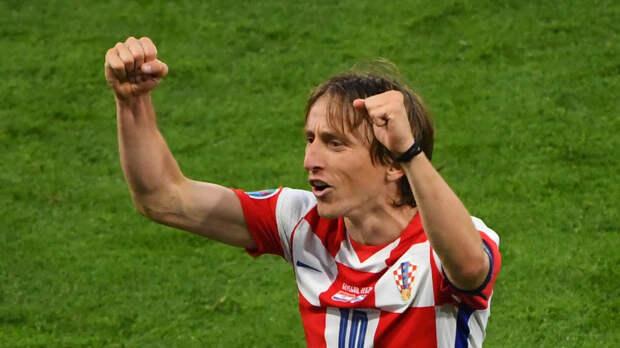 Модрич стал самым молодым и самым возрастным автором гола Хорватии на Евро