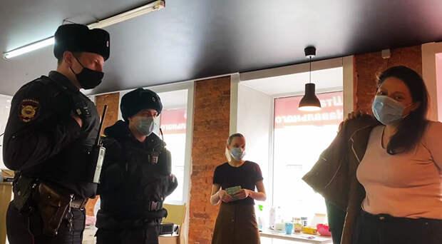 Сторонники Навального анонсировали очередной митинг — главу петербургского штаба арестовали, прокуратура грозит участникам уголовными делами. Что об этом известно