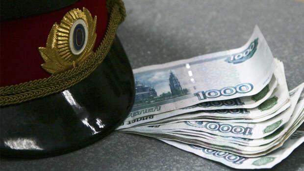 Заведено дело на полицейских, задержанных из-за взятки в 12 миллионов