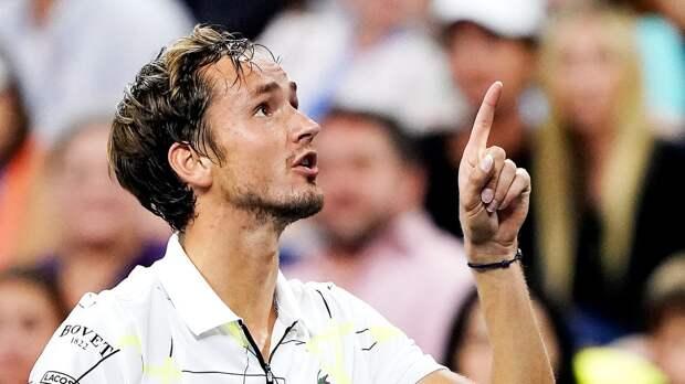 Медведев отомстит Надалю за поражение в финале US Open. Прогноз на полуфинал Итогового турнира