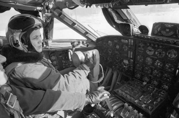Рассказ лётчика-испытателя Марины Попович  об НЛО и  инопланетянах