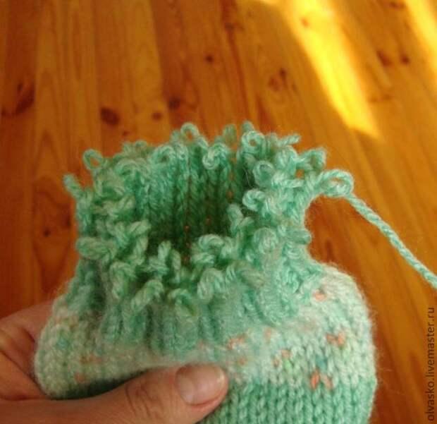 Техника вязания. Как связать носки на двух спицах без шва