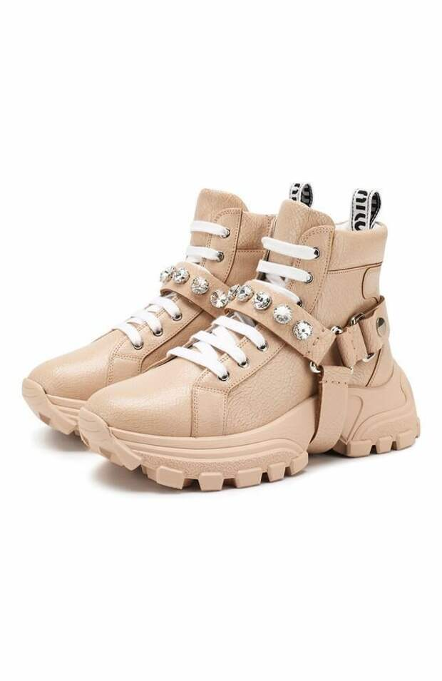 Спортивная обувь, которая будет в тренде весной 2021