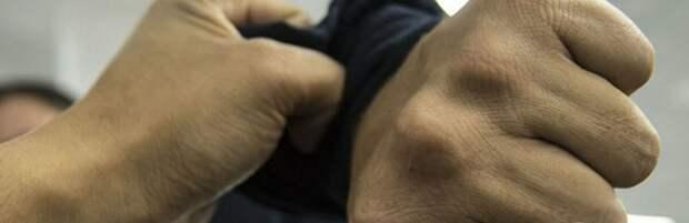 Полиция установила личность мужчины, избившего жителя Актау