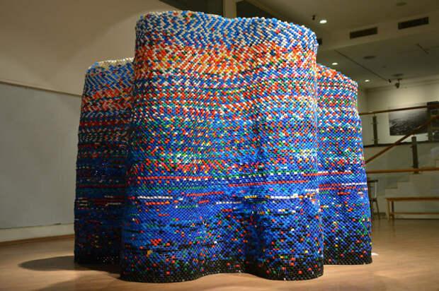 Создать из мусора предмет искусства
