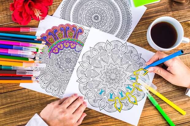 Онлайн-занятие «Раскраски для взрослых» состоится для пенсионеров Алтуфьево 10 июня