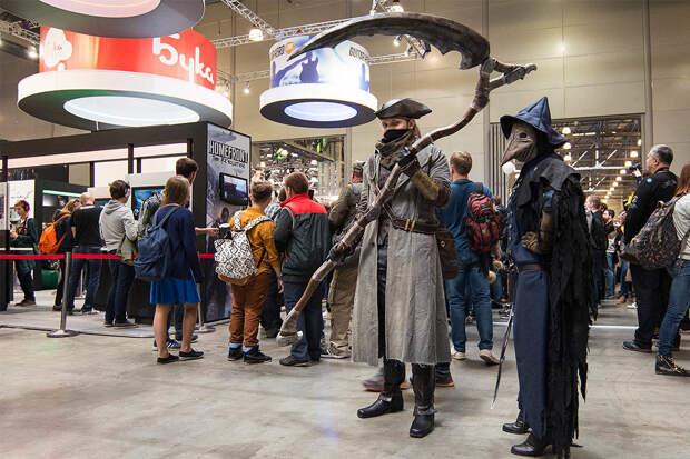 Все свои: Comic Con Russia и «ИгроМир 2015» на фотографиях из соцсетей
