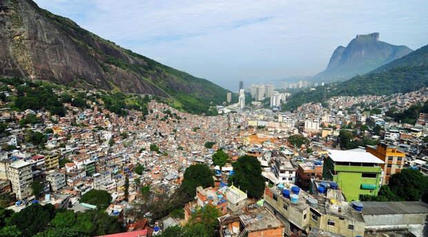 Бразильцы призвали США не вмешиваться в дела других государств