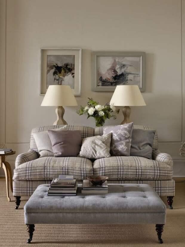 3. Обивка дивана из шерстяной ткани