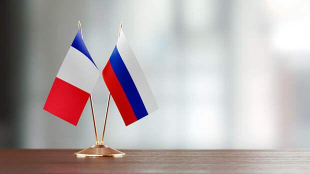 Европа не будет идти против России: Франция призывает прекратить пронатовскую политику