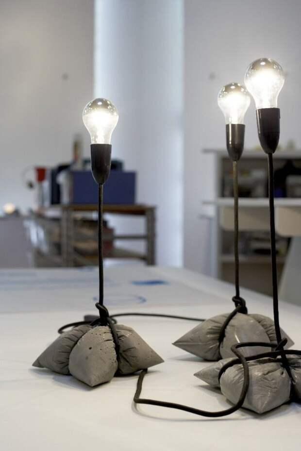 часы и светильники из бетона