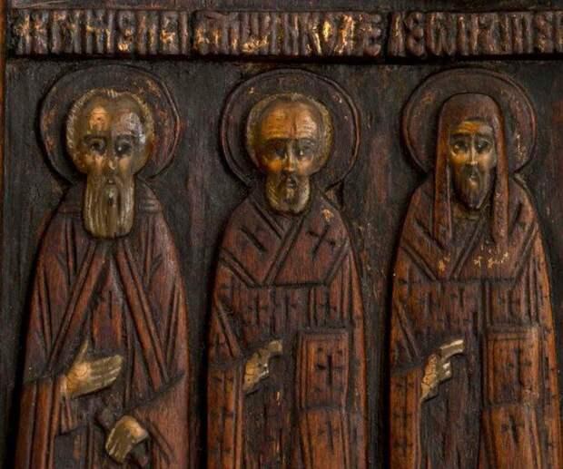 Икона (рельеф) XVI века «Ростовские святые с Николой Чудотворцем и Спасом Еммануилом»