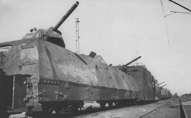 Битва бронепоездов: как советский «Илья Муромец» победил «Адольфа Гитлера»