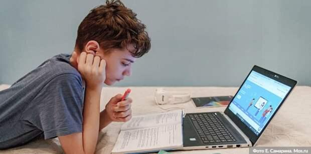 Собянин обсудил с учителями перспективы «цифрового репетиторства» в МЭШ. Фото: Е. Самарин mos.ru