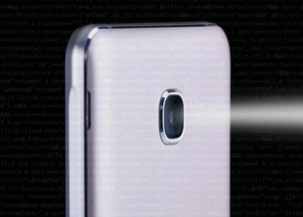 Приложения под Android оказались способны пользоваться камерой смартфона без разрешения