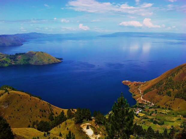 18. Озеро Тоба, Северная Суматра, Индонезия в мире, озеро, природа