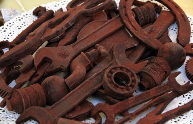 Простой способ заставить старые ржавые инструменты выглядеть как с прилавка