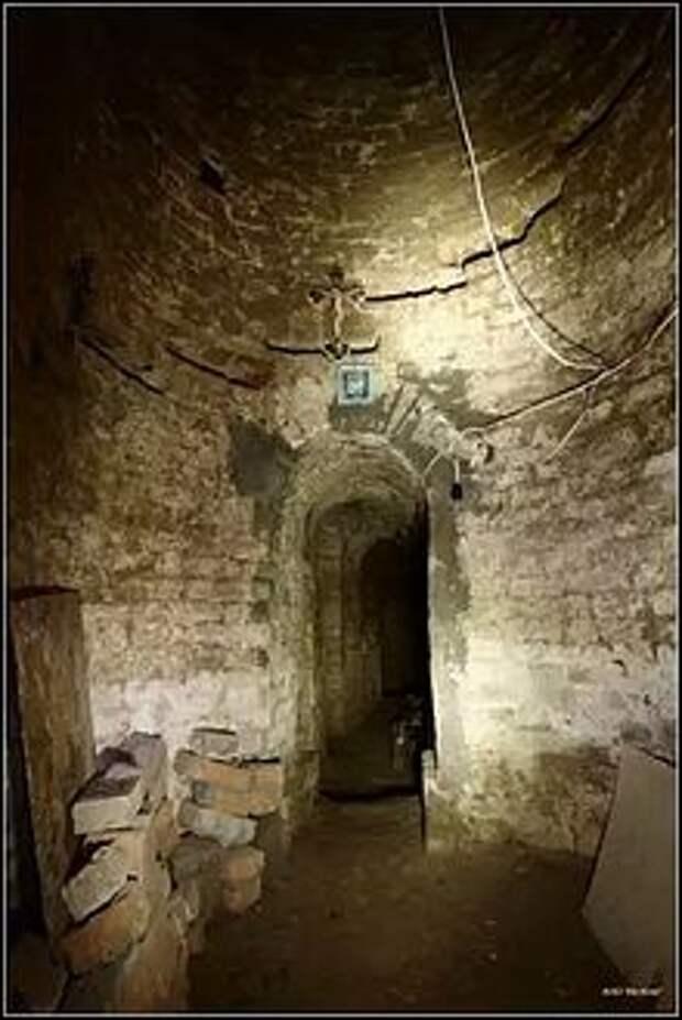 Как монах Поликарп в древний бункер попал.