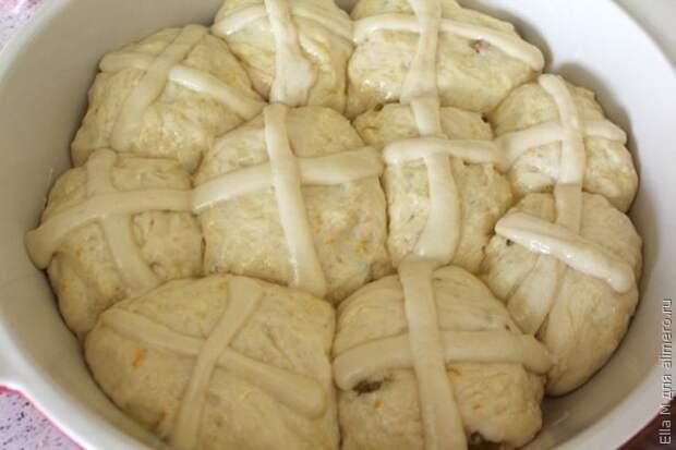 Английские пасхальные булочки - рецепт с подробной фотоинструкцией