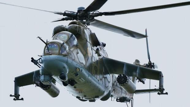 Вертолет Ми-24 на совместном военном антитеррористическом командно-штабном учении