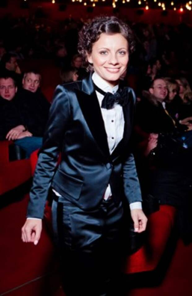 Сегодня день рождения отмечает Наталья Андреевна из Comedy Woman