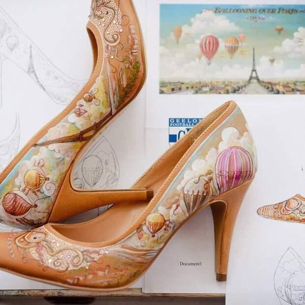 Рисунки на обуви Дебры Томпсон.
