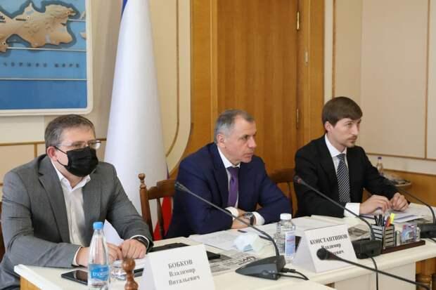В Госсовете одобрили законопроект о поддержке крымских газет