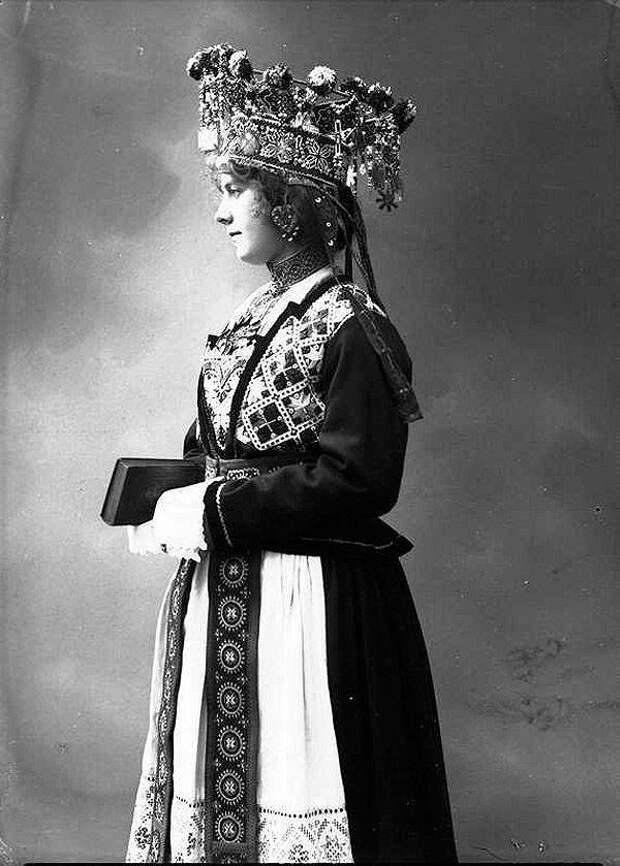 Сказочные наряды норвежских невест