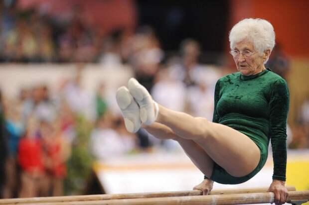 9802110-R3L8T8D-650-5031254-gymnastics-germany-seniors-offbeat