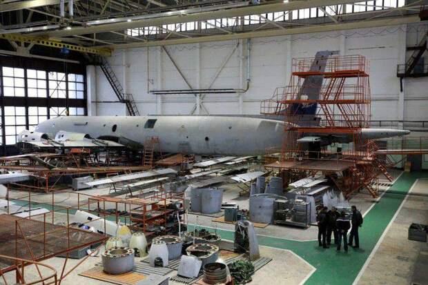 «Ильюшин» получил в управление четыре авиаремонтных завода