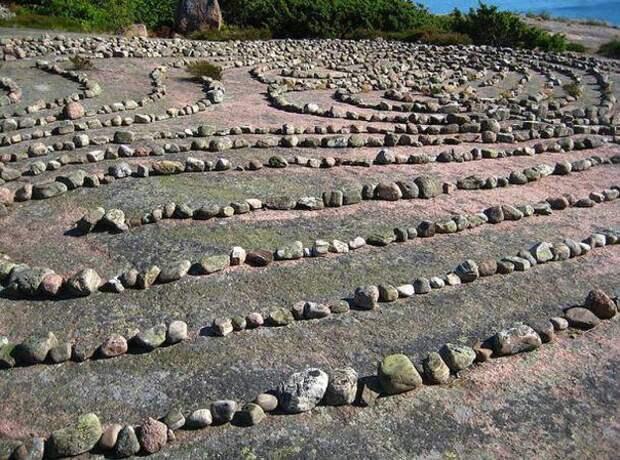 """Археологи исследовали шведский """"остров ведьм""""."""
