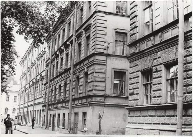 Капелла Санкт-Петербурга отметит 200-летие Достоевского фотовыставкой