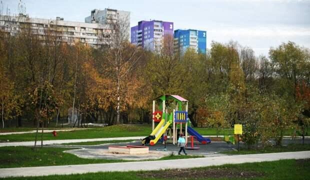 В Московских парках начали открывать веревочные городки