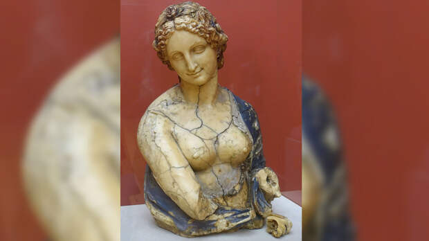 Ученые оспорили причастность да Винчи к созданию бюста Флоры