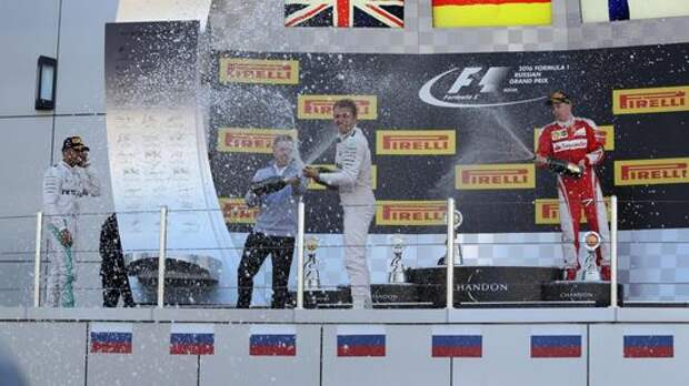 Формула-1: третий триумф Mercedes в Сочи