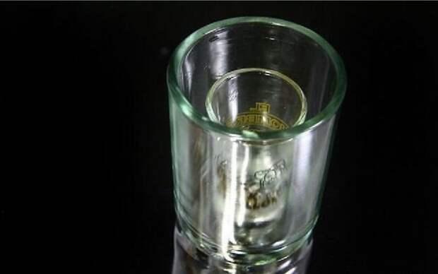 как сделать ледяную рюмку стакан