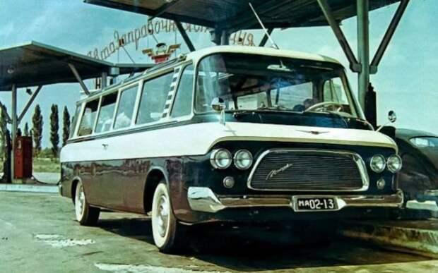 ЗИЛ-118 - самый быстрый микроавтобус.