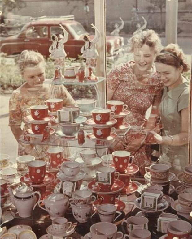 20 цветных снимков эпохи 1960-х годов.Советские будни на цветных фотографиях 1960-х