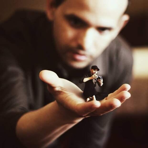 Миниатюрные автопортреты Achraf Baznani