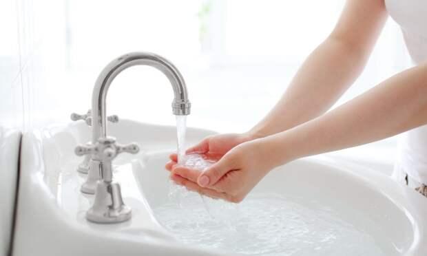 Почему нельзя умываться водопроводной водой