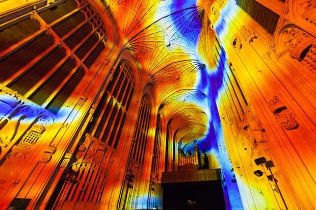 Световые проекции в Кебридже Miguel Chevalier