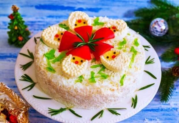 Украшение салатов на Новый 2021 год: как украсить, самые лучшие идеи60