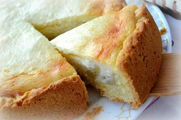 Творожно-банановый пирог