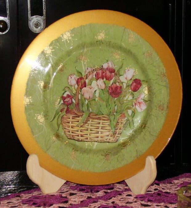 Декор тарелки в технике объемного декупажа