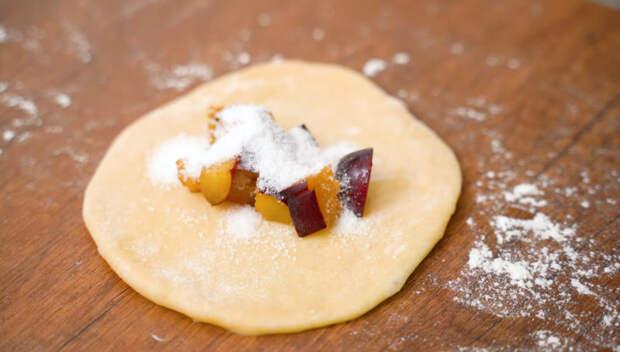 Быстрое дрожжевое тесто «Водолаз» — из него получатся идеальные пирожки