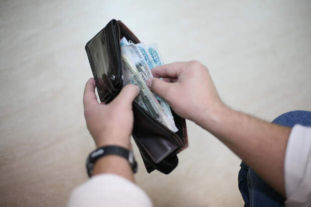 Средняя зарплата в Севастополе обогнала крымскую