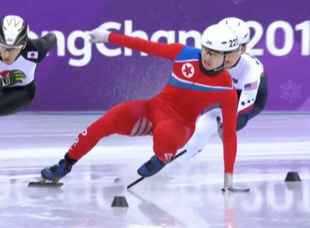 Корейский конькобежец повеселил публику