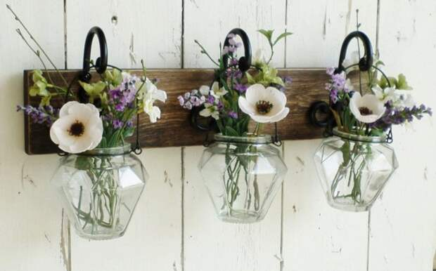 Повторное использования стеклянных банок для создания весенних композиций